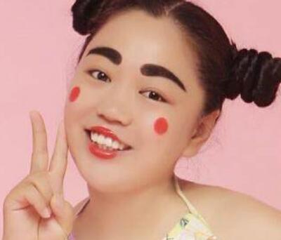 搞笑皇后:小黄飞