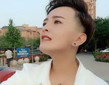 沙河网红:王小萌