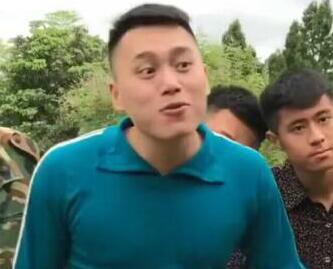 快手搞笑网红:刘二狗