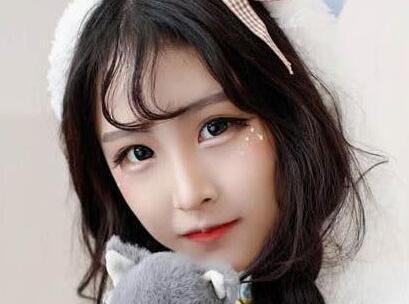 快手百万粉丝红人榜揭晓,最火女主播排名第一的是炫迈妹儿?